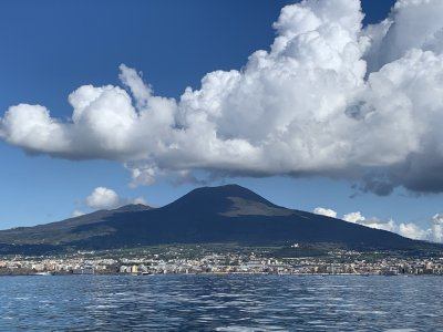 VESUVIUS ON A SAILING BOAT